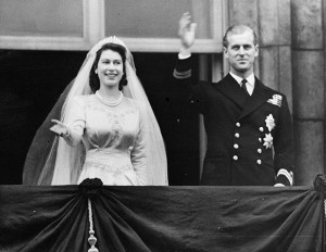 Princess-Elizabeth waving--z